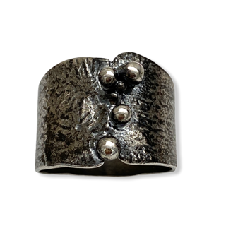 Granulated Tapered Ring by Susan Wachler Jewelry